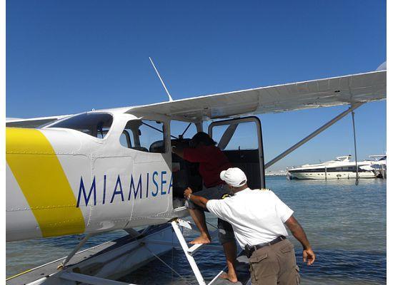 Miami Seaplane Tours: Plane