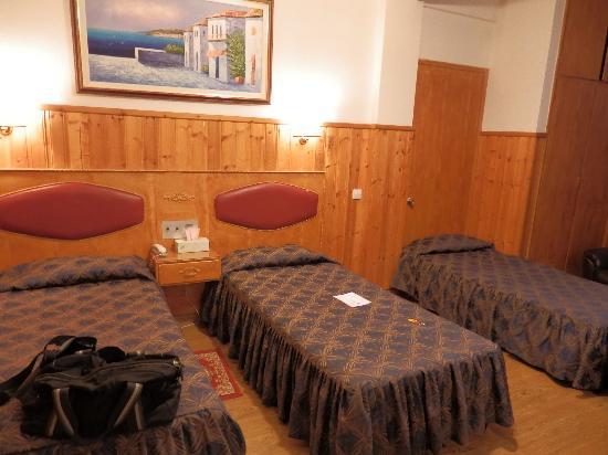 Asty Hotel: Room