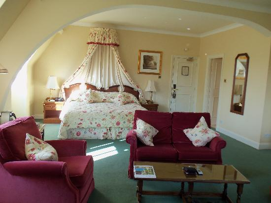 Ashdown Park Hotel & Country Club: Beautiful Junior Suite
