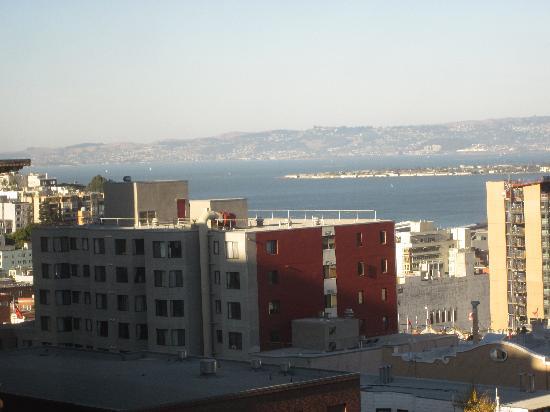 เรเนสซอง สแตนฟอร์ด คอร์ท: View from our room