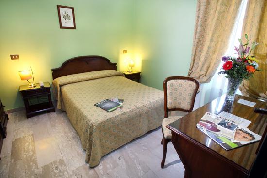 L'Ottava Hotel: camera matrimoniale