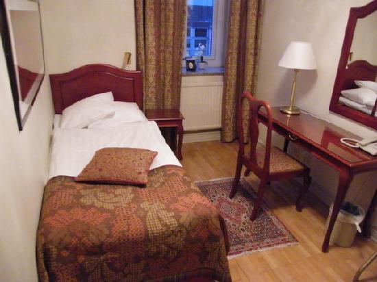 Hotel Royal Gothenburg: the single room connected...
