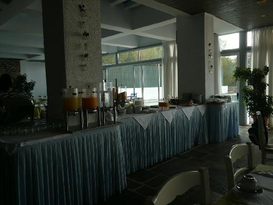 Apollon Suites Hotel: buffet colazione