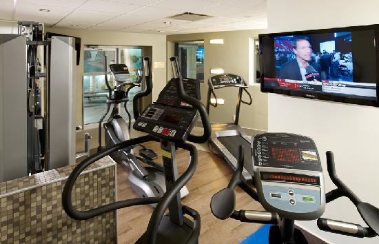 BEST WESTERN PLUS City Centre/Centre-Ville : Exercise Room