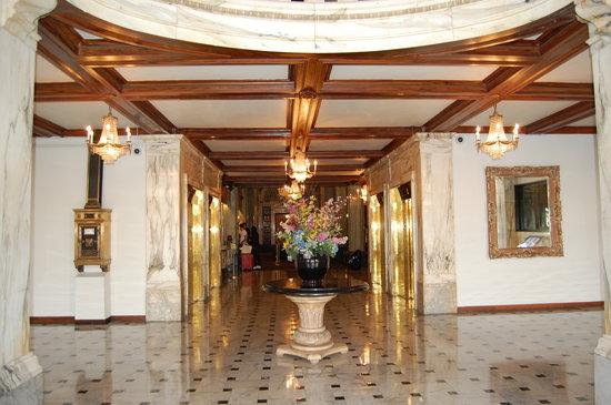 Hotel Whitcomb: A Grand View