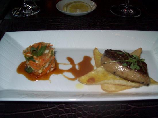 Flame Restaurant: Tusnomono Cabbage and Foie Gras on crispy Wontons