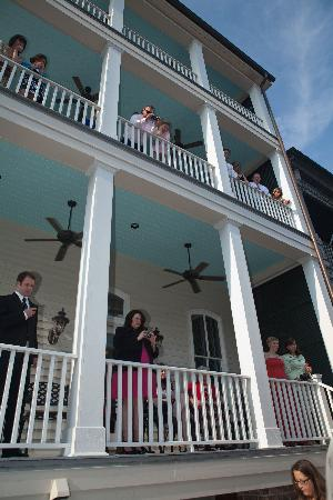 109 West: Guests watching from the balconies