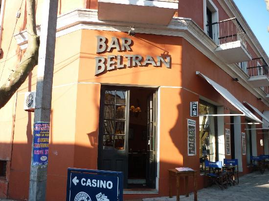 Hotel Beltran: Entrada al restó del hotel