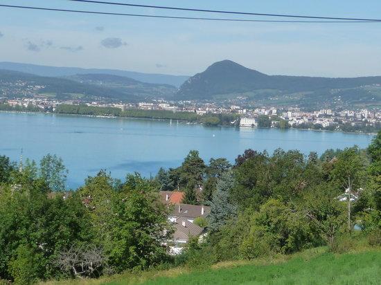 Le Clos du Lac Guest House: Une vue sur le lac