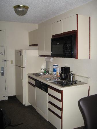 Candlewood Suites Washington, Dulles Herndon : Room