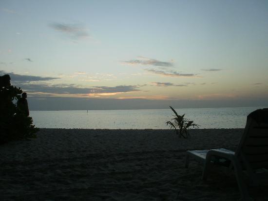 บิยาดู ไอแลนด์ รีสอร์ท: tramonto agostano
