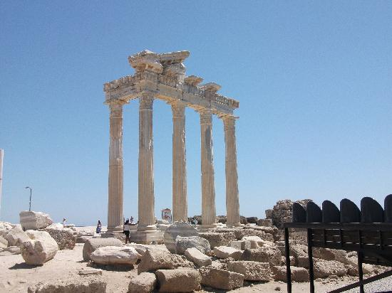 Melissa Garden Apart Otel: The Apollo Temple