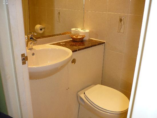 Westbury Hotel Kensington: il bagno