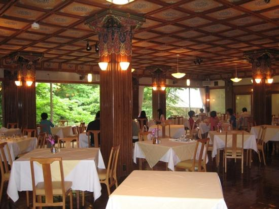 อินเตอร์คอนทิเน็นทอลเมลบอร์นเดอะเรลโตโฮเต็ล: La sala ristorante con vista sul giardino