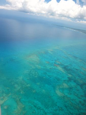 Club Med Turkoise, Turks & Caicos: Vue de l'avion à l'arrivée