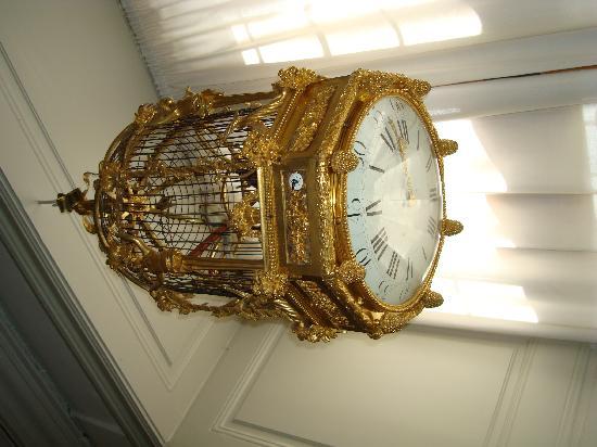 ปราสาทโรเซนเบิร์ก: Bird cage clock