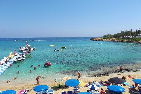 Fig Tree Bay: very hot day in august