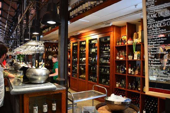 Mercado San Miguel: the vines...