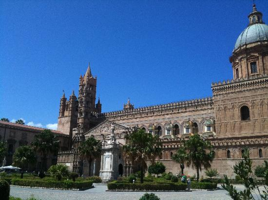 Bed and Breakfast Novecento: The cathedral at Palermo