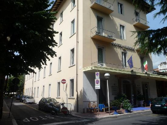 Hotel Impero: Front of Hotel