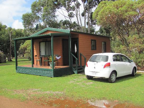Western KI Caravan Park and Wildlife Reserve: cabin