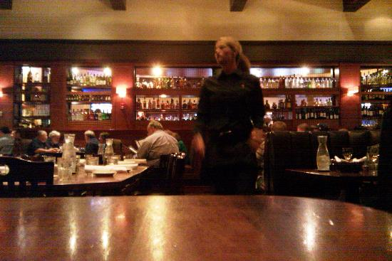 Weber Grill Restaurant: Dining Room