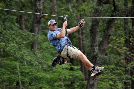 Smoky Mountain Ziplines: chuck