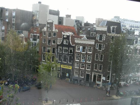 โรงแรมเวสท์คอร์ดซิตี้เซ็นเตอร์ อัมสเตอร์ดัม: View from our Room