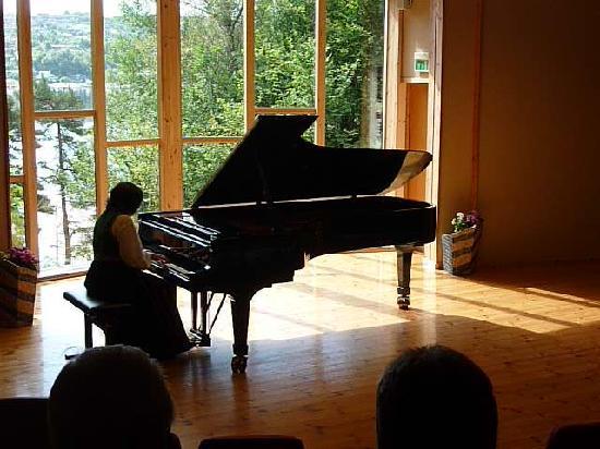 พิพิธภัณฑ์โทรลด์เฮาเก็นเอ็ดวาร์ดกรีก: Edvarg Grieg concert - a MUST!