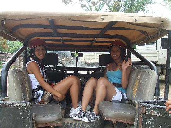 Da Flying Frog Canopy Tours: The girls in the rover ready to go