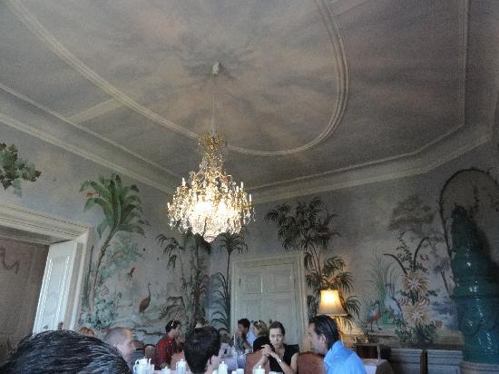 Hotel Schloss Obermayerhofen: Schloss breakfast room