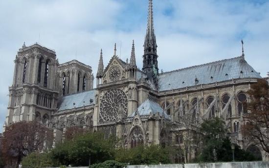 มหาวิหารน็อทร์-ดาม: The Cathedral
