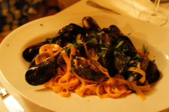 Barba Zuane: Pasta with Mussels