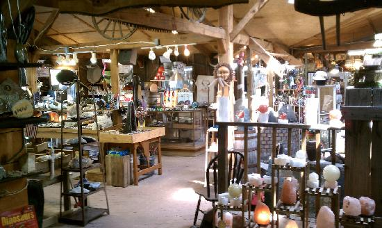 Hendersonville, Carolina do Norte: Elijah Mountain Unique Gem and Antique Shop