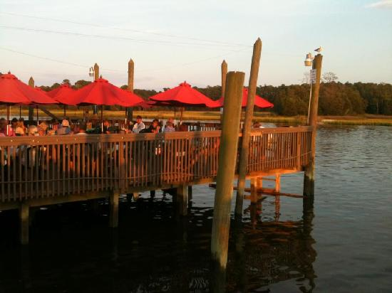 Crab Catchers: The outdoor seating area