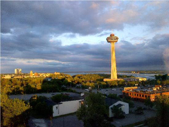 DoubleTree Fallsview Resort & Spa by Hilton - Niagara Falls: view from our room at sunset