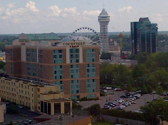 DoubleTree Fallsview Resort & Spa by Hilton - Niagara Falls: Different view from our room showing the downtown area