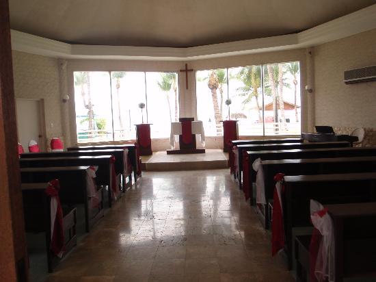 Kanoa Resort Saipan: チャペル