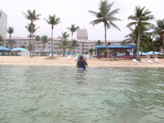 Kanoa Resort Saipan: プライベートビーチ