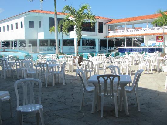 Hotel Beach House Playa Dorada: Pool area