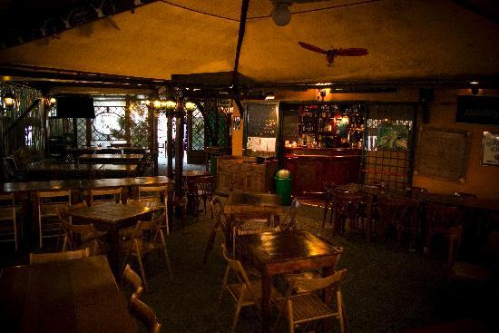 Mc Queen Pub: The garden