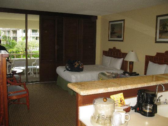 Royal Kona Resort: our room