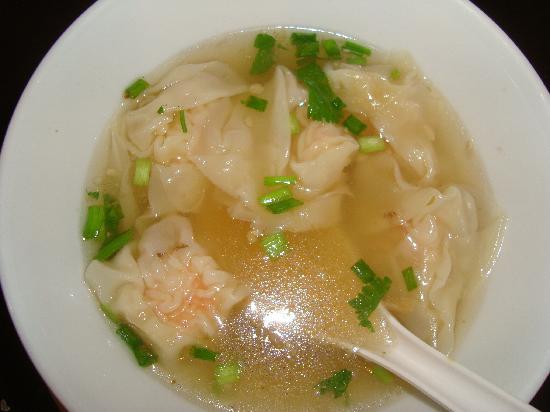 โรงแรมเดอะเกรท เรสซิเดนซ์: Tasty wan ton soup (prawns)
