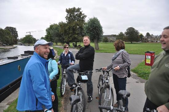 Cambridge Bike Tours: our group stopped to listen to Anthony