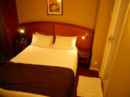 BEST WESTERN Au Trocadero: Room