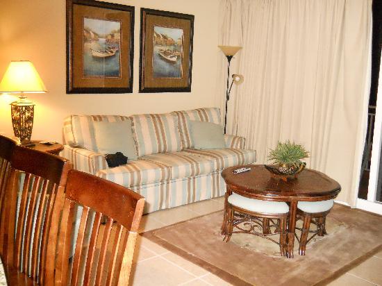 Splash Resort Condominiums Panama City Beach: Living Room