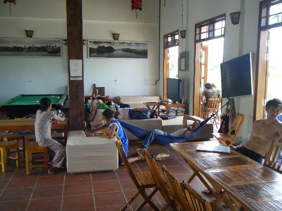 Phong Nha Farmstay: Inside of main house