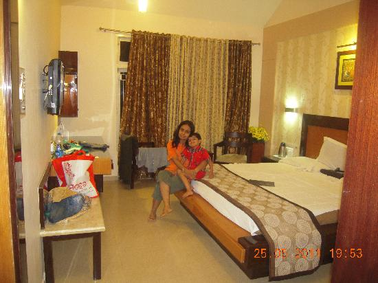 Hotel Holiday Resort: Room with family