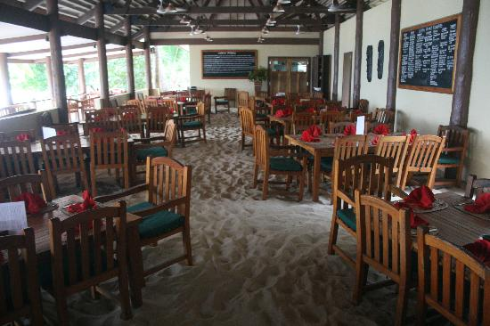 Octopus Resort: The Dinning area