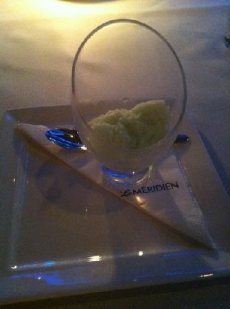 เดอะ รีเฟลกชั่นส์: lime sorbet
